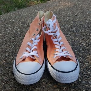 Converse Size 11 Sunset Glow High Top (NIB) NWT